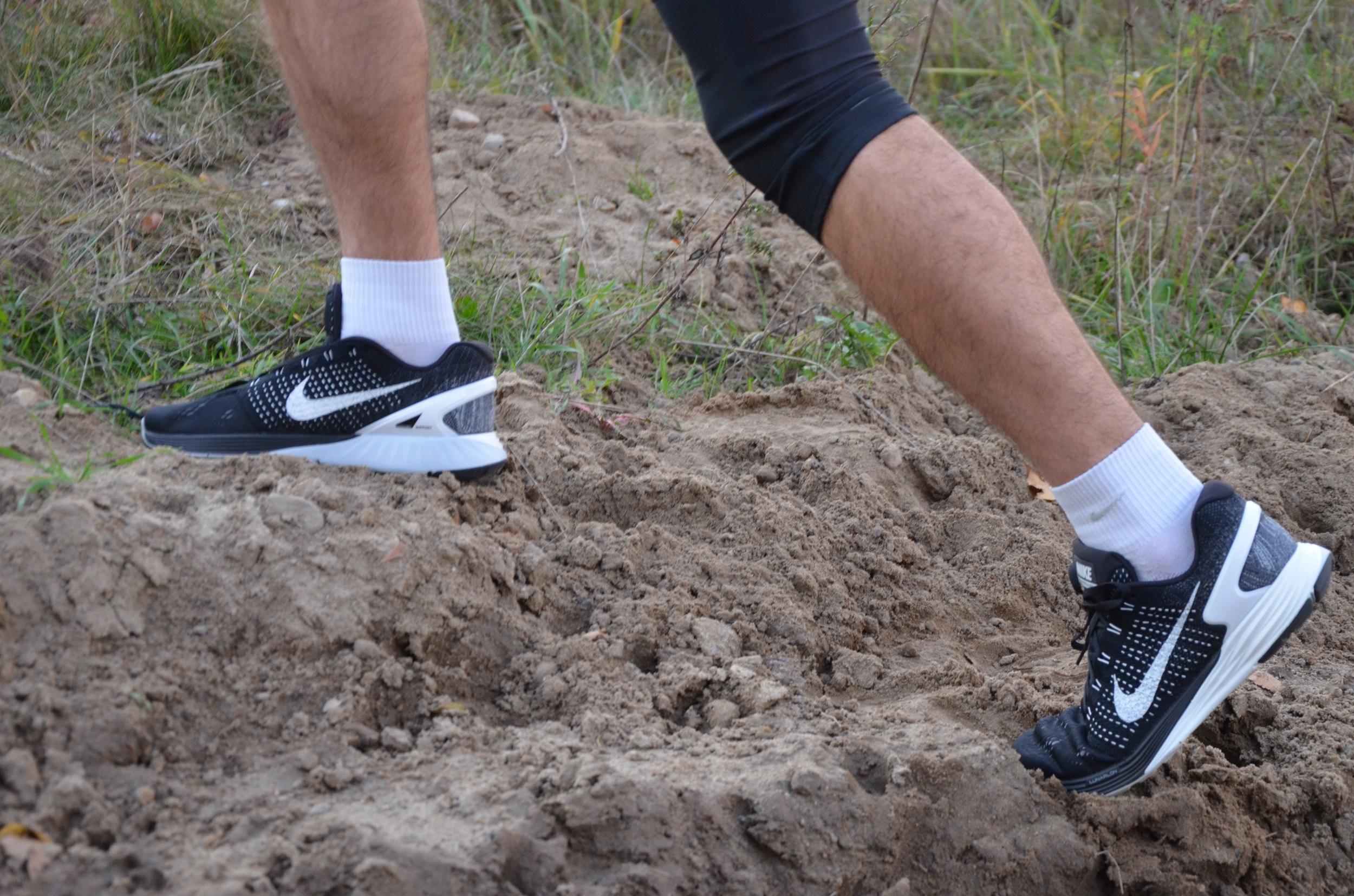 98b8bb45 Staram się doradzać Wam przy doborze butów do biegania. Postanowiłem także  napisać w skrócie w jakich butach biegowych Nike ostatnio biegałem, na co  zwrócić ...